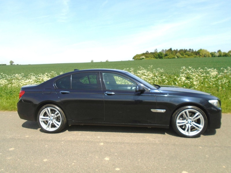 BMW 7 Series 3.0 730d M Sport Automatic 4dr Saloon | Windmill Motors Ltd