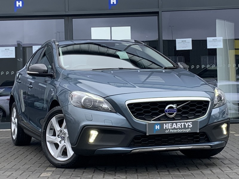 Volvo V40 D2 CRoss Country Lux 1.6L 5dr | Heartys of Peterborough