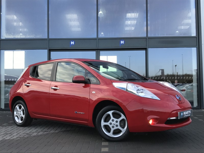 nissan leaf acenta 0l 5dr for sale at heartys of peterborough. Black Bedroom Furniture Sets. Home Design Ideas